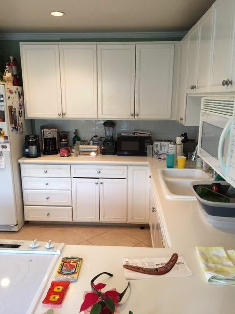 Original Hawaii kitchen before remodel