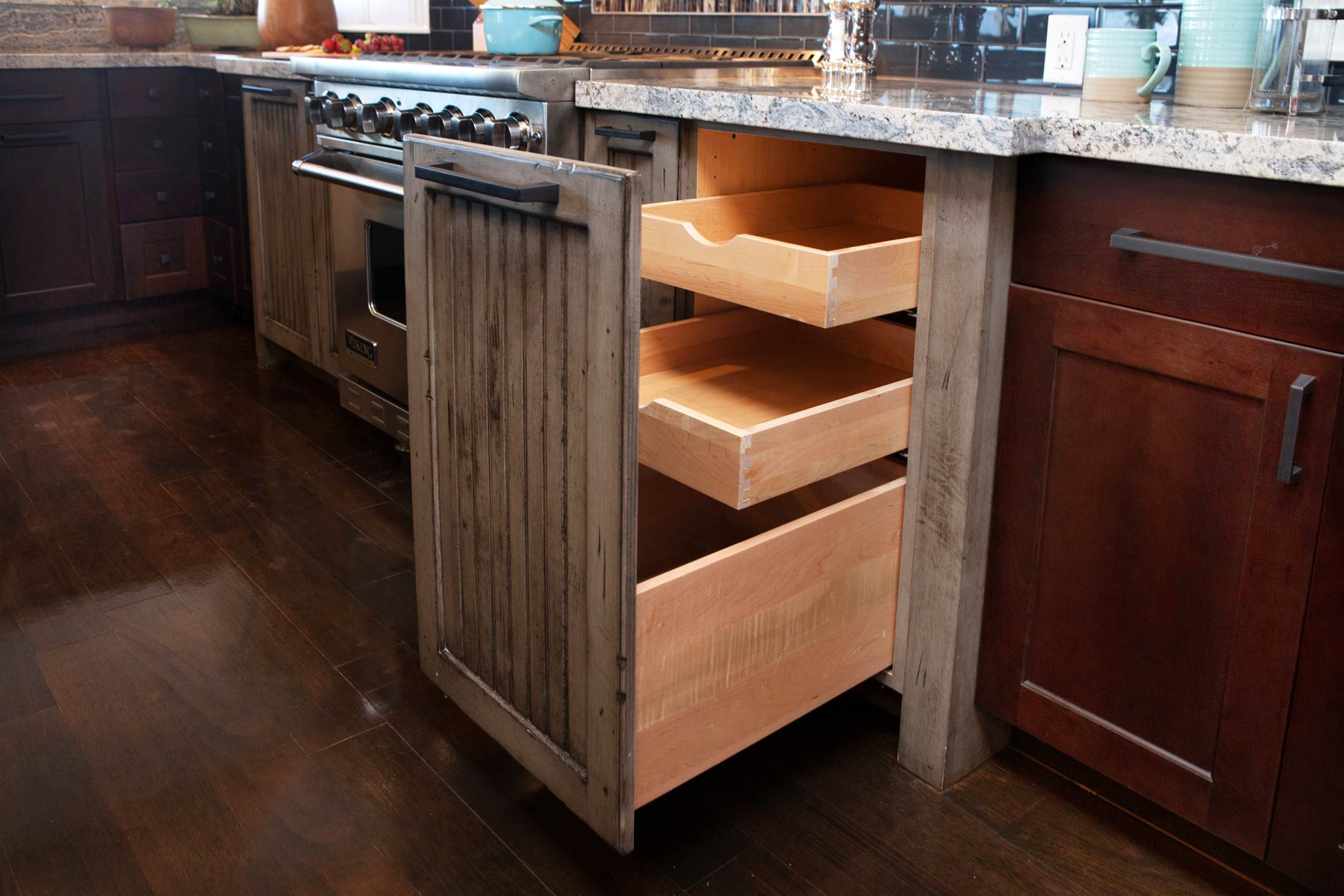Pull-out drawers in new Hawaii kitchen remodel